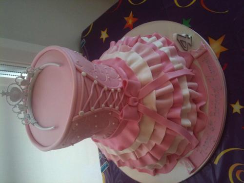 4 Yr Old Hannahs Birthday Cake